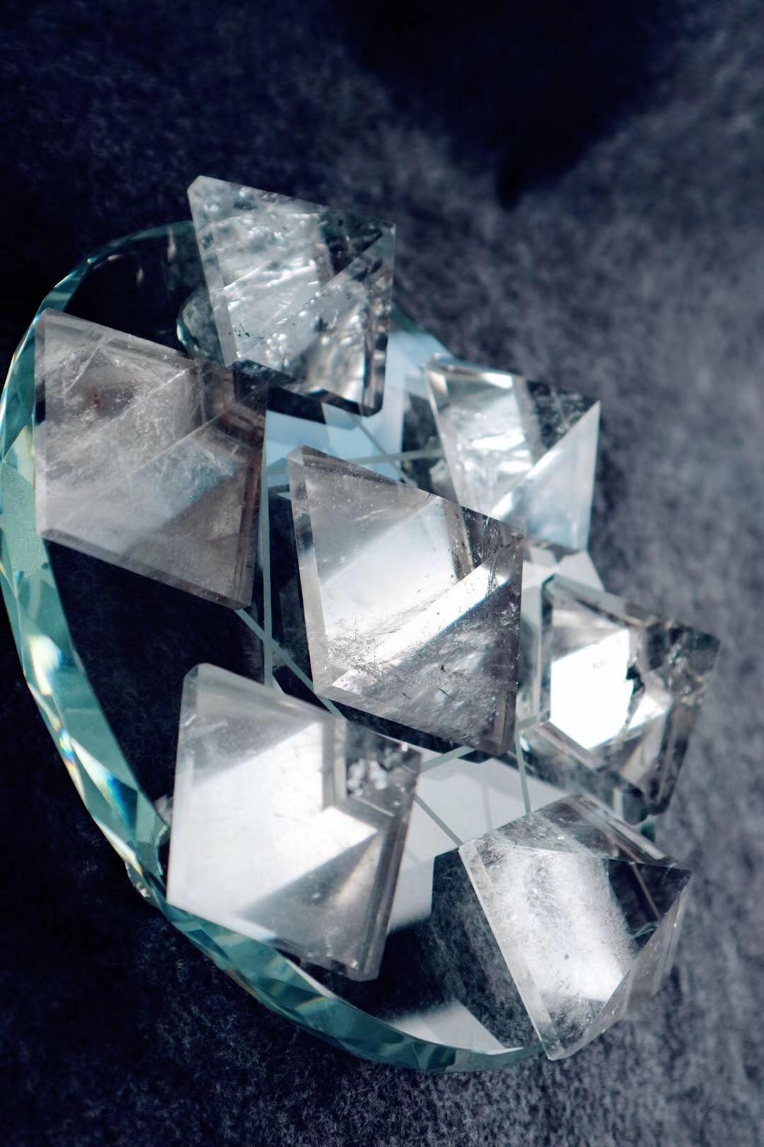 水晶治疗的原理是什么 ?-菩心晶舍
