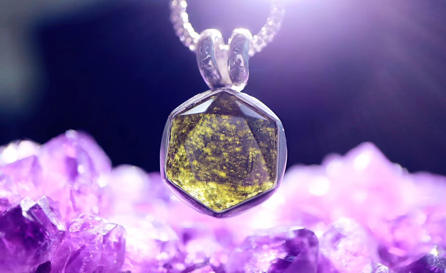 【菩心-梅尔卡巴&捷克陨石】全然打开心轮的能量,链接内心的无所不能-菩心晶舍