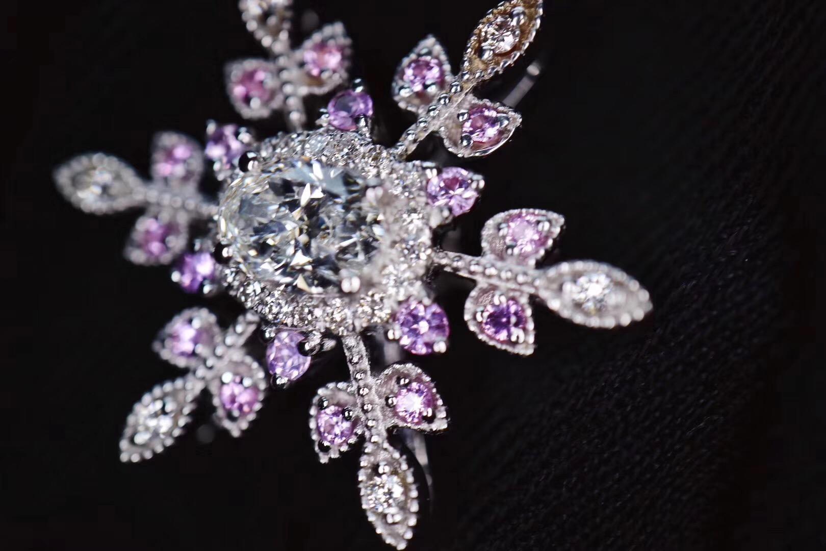 【菩心-钻石客订】50分的钻石也可以成为一枚紫粉的雪花坠-菩心晶舍