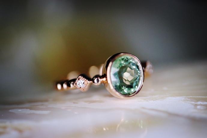 「绿碧玺 | 18k金钻戒」 极致细腻的绿碧玺戒-菩心晶舍