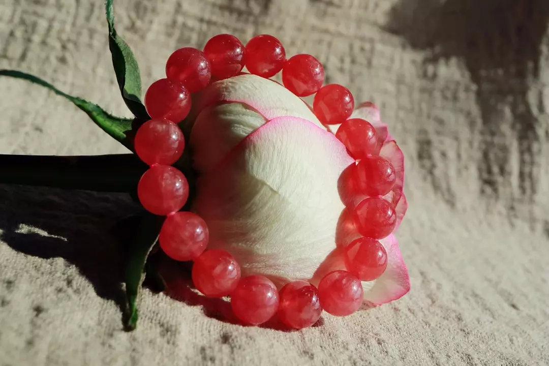 """带你认识美丽的""""印加玫瑰""""——红纹石-菩心晶舍"""