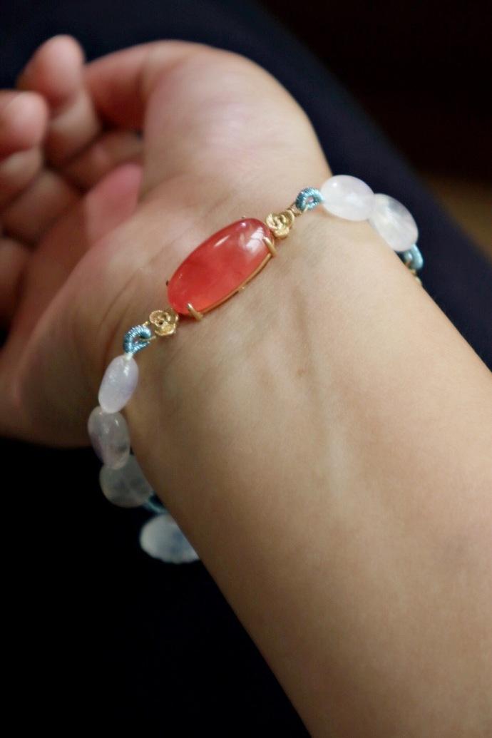 【月光石|红纹石-18k祥云】一条轻奢红纹石搭配月光石(手磨珠)-菩心晶舍