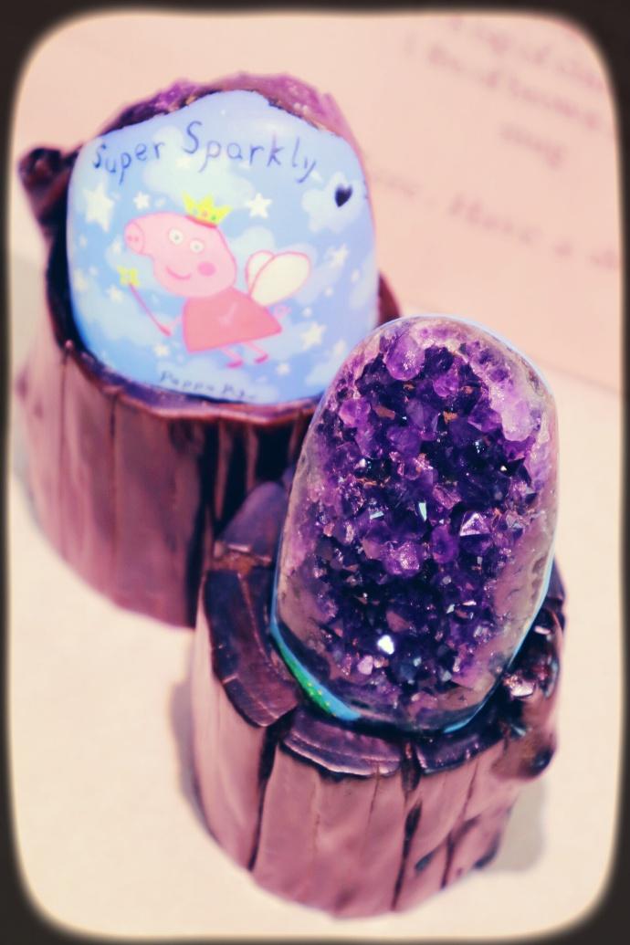 【天然紫晶簇】 这是一组跟宝宝有关的紫晶簇-菩心晶舍