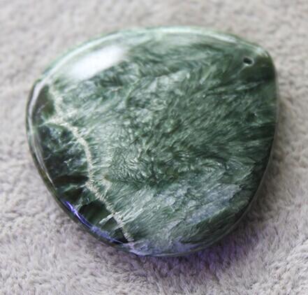 低级晶族最有个性绿龙晶