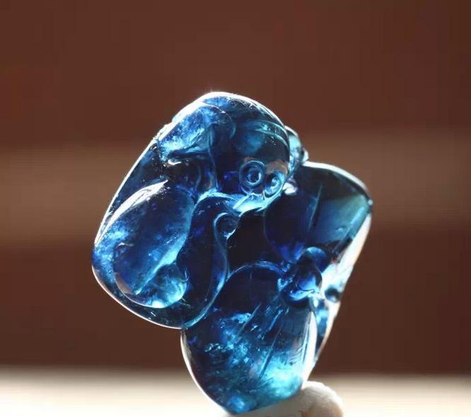 蓝宝石与相似宝石的鉴别
