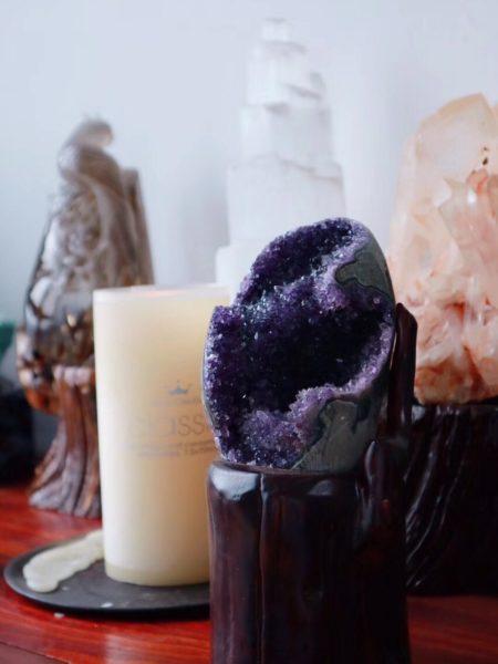 一块顶级乌拉圭紫晶簇,紫气东来-菩心晶舍