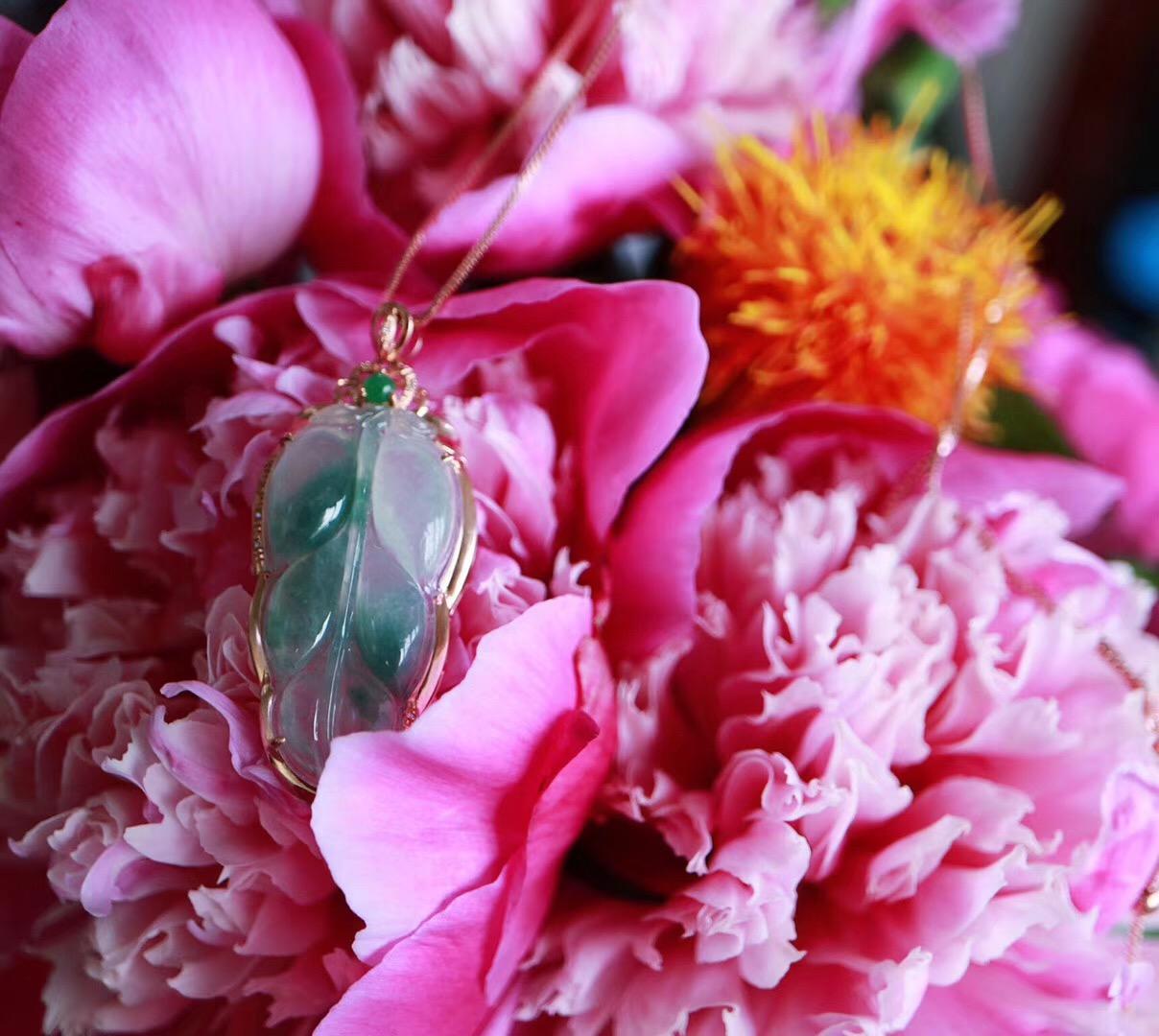 【菩心|翡翠】挑选可以代表初夏颜色的翡翠也是一件趣事-菩心晶舍
