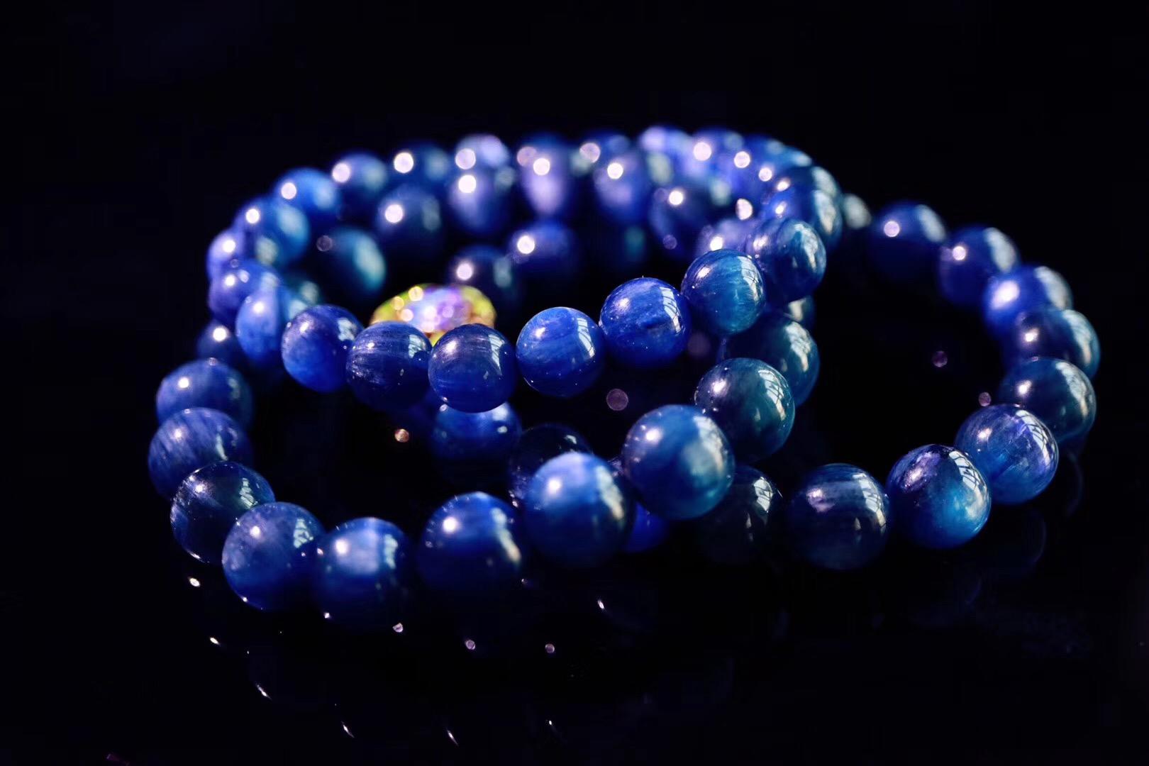 【菩心 | 蓝晶石】蓝晶:幽静却又闪耀着光芒…-菩心晶舍
