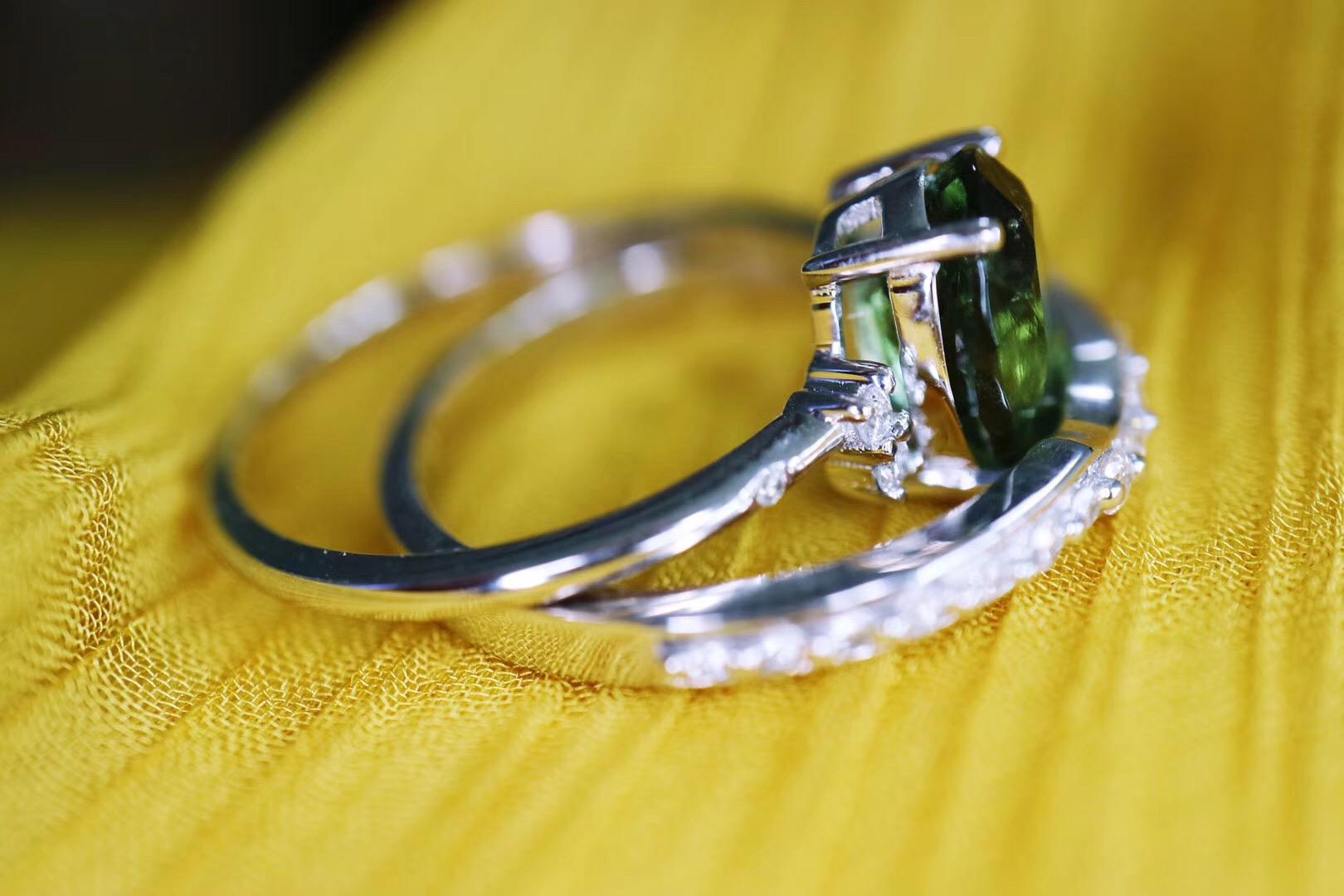 【菩心-捷克陨石白金套戒】一枚代表生命的捷克陨石白金戒-菩心晶舍