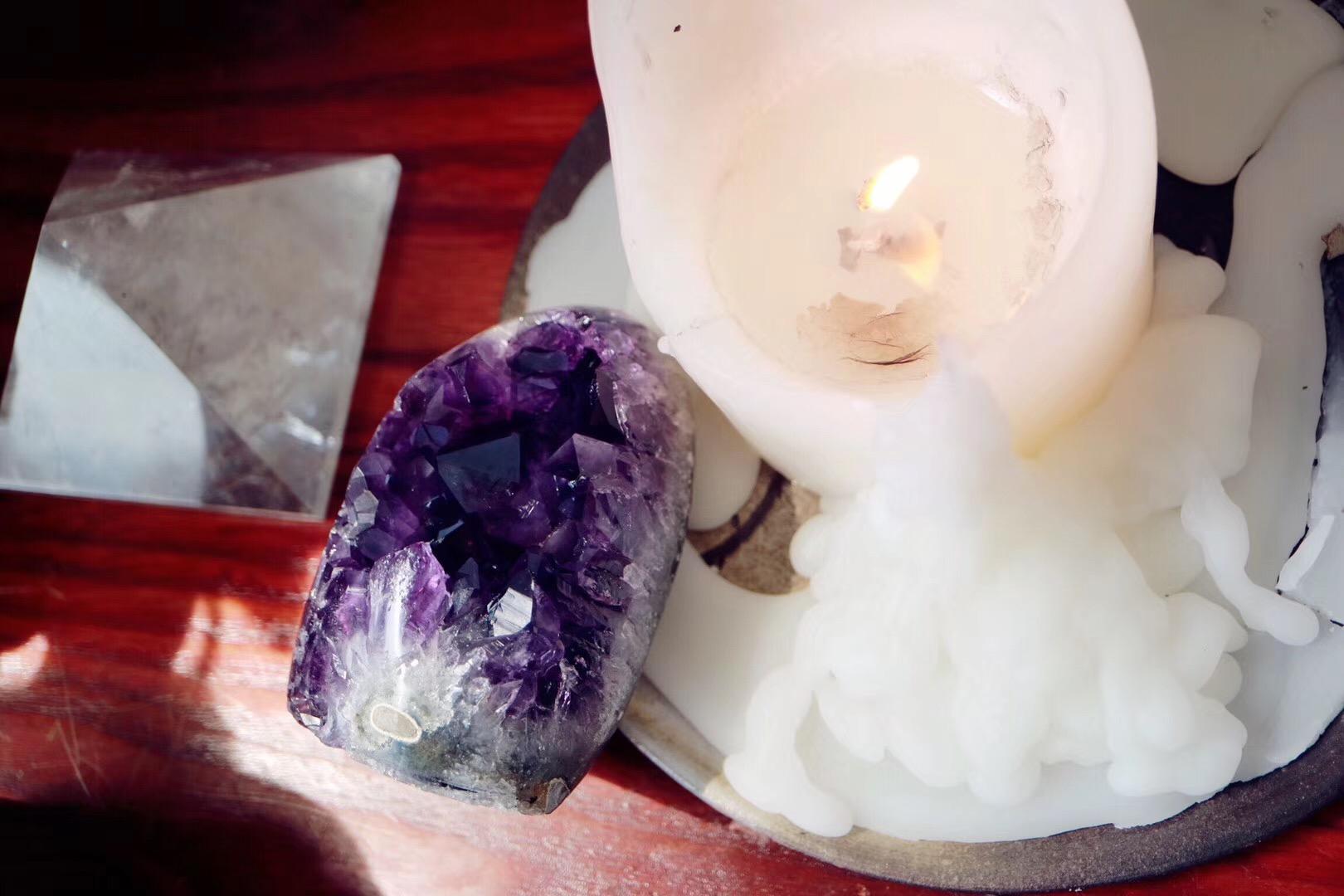 【菩心   原矿紫晶簇】原矿高频紫晶簇,对应眉心轮-菩心晶舍