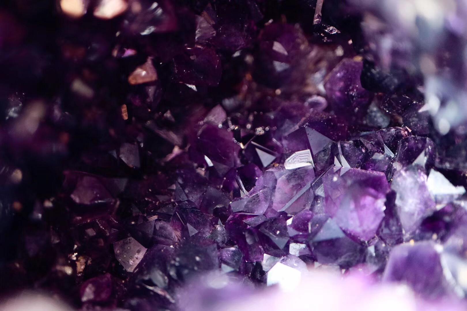 【乌拉圭紫晶洞】能量最是稳定的三角形紫晶洞-菩心晶舍