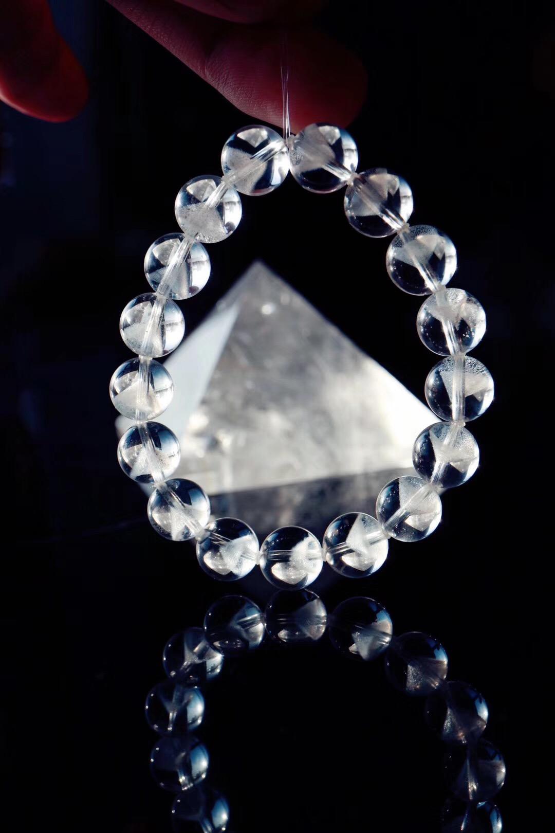 【白幽灵金字塔】白幽灵代表清净,可供灵修-菩心晶舍