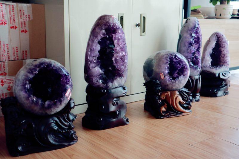 20万元水晶洞长什么样?怎么样的紫晶洞是好的?-菩心晶舍