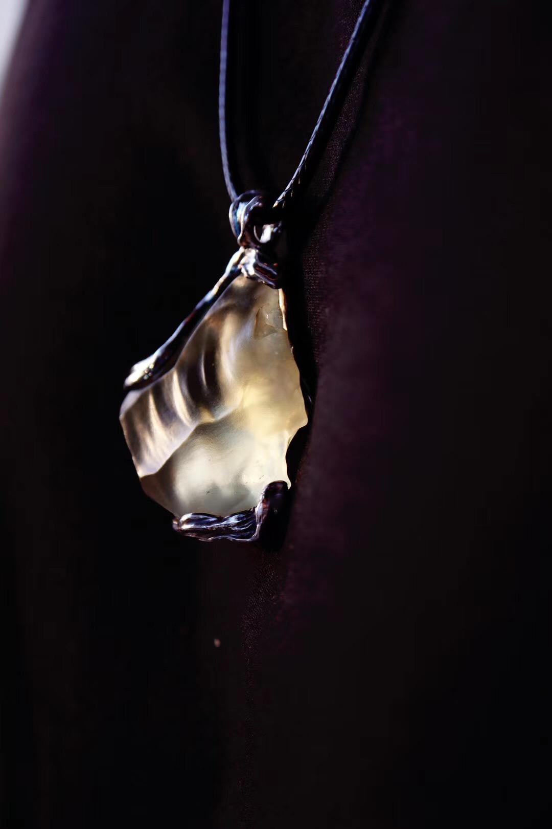 【利比亚黄金陨石&客订】这颗黄金陨石的纹路,散发的就是这调-菩心晶舍