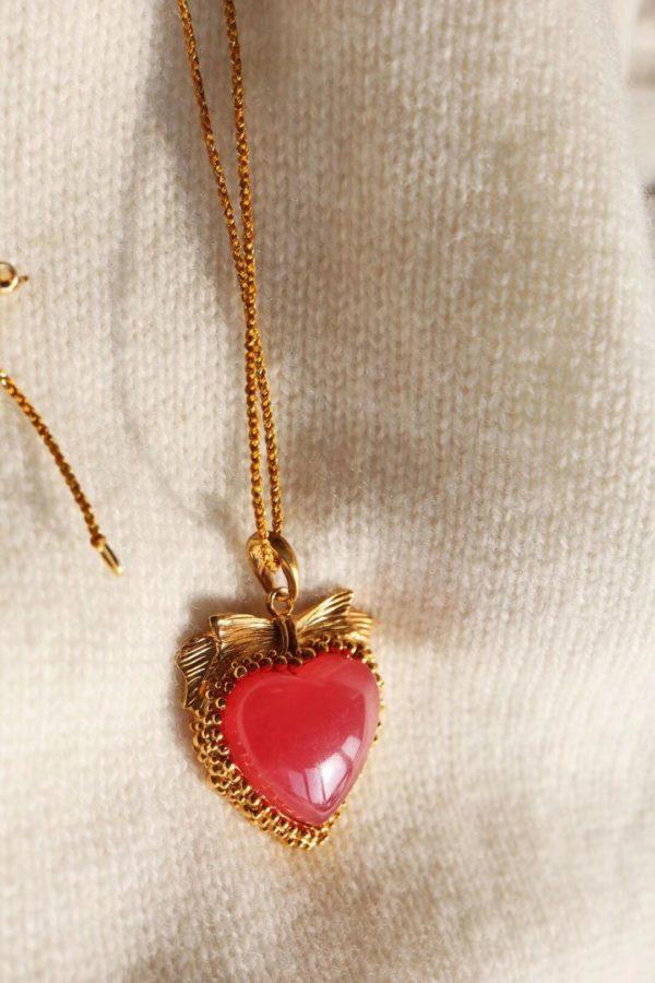 给自己最好的礼物:红纹石-菩心晶舍
