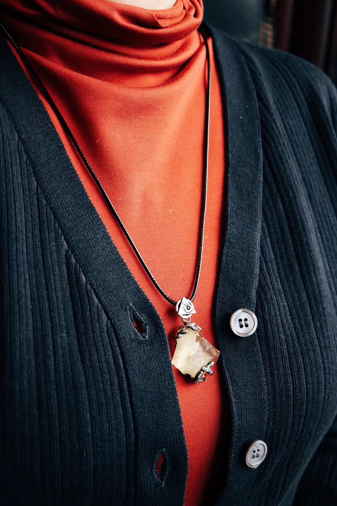 【利比亚黄金陨石】这一枚黄金陨石,表达了爱与自由-菩心晶舍