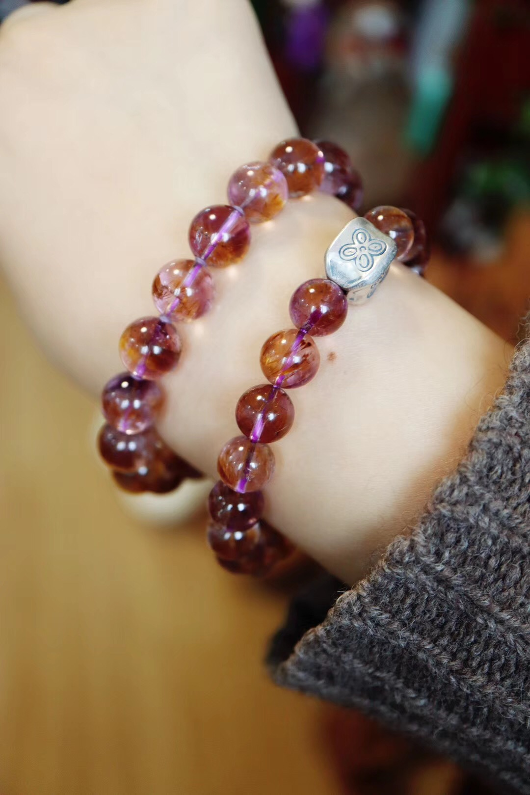 【紫钛晶】紫钛晶,紫水晶和钛晶的共生体-菩心晶舍