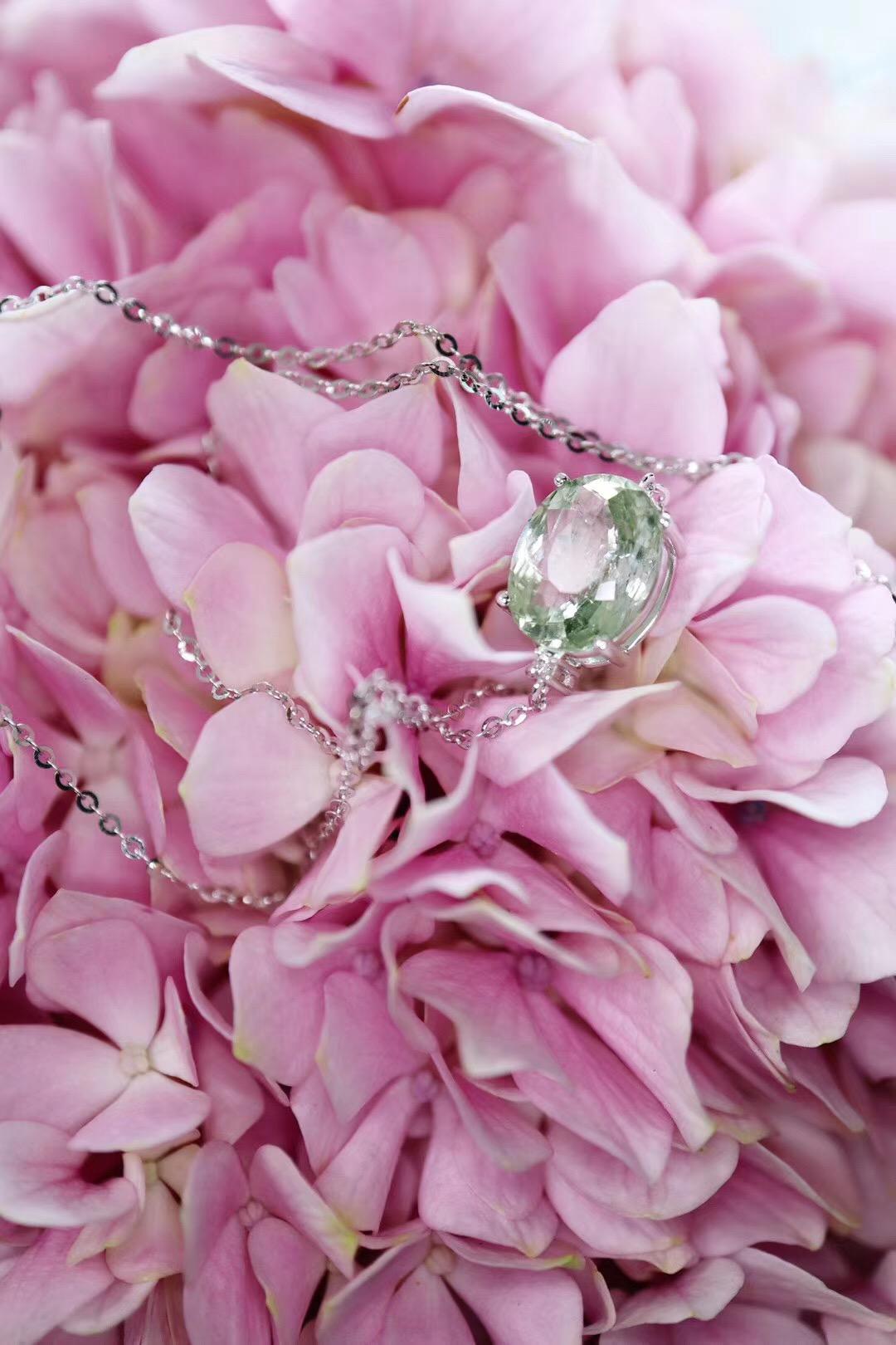 【绿碧玺锁骨链】春夏的色系一定少不了一抹绿色-菩心晶舍