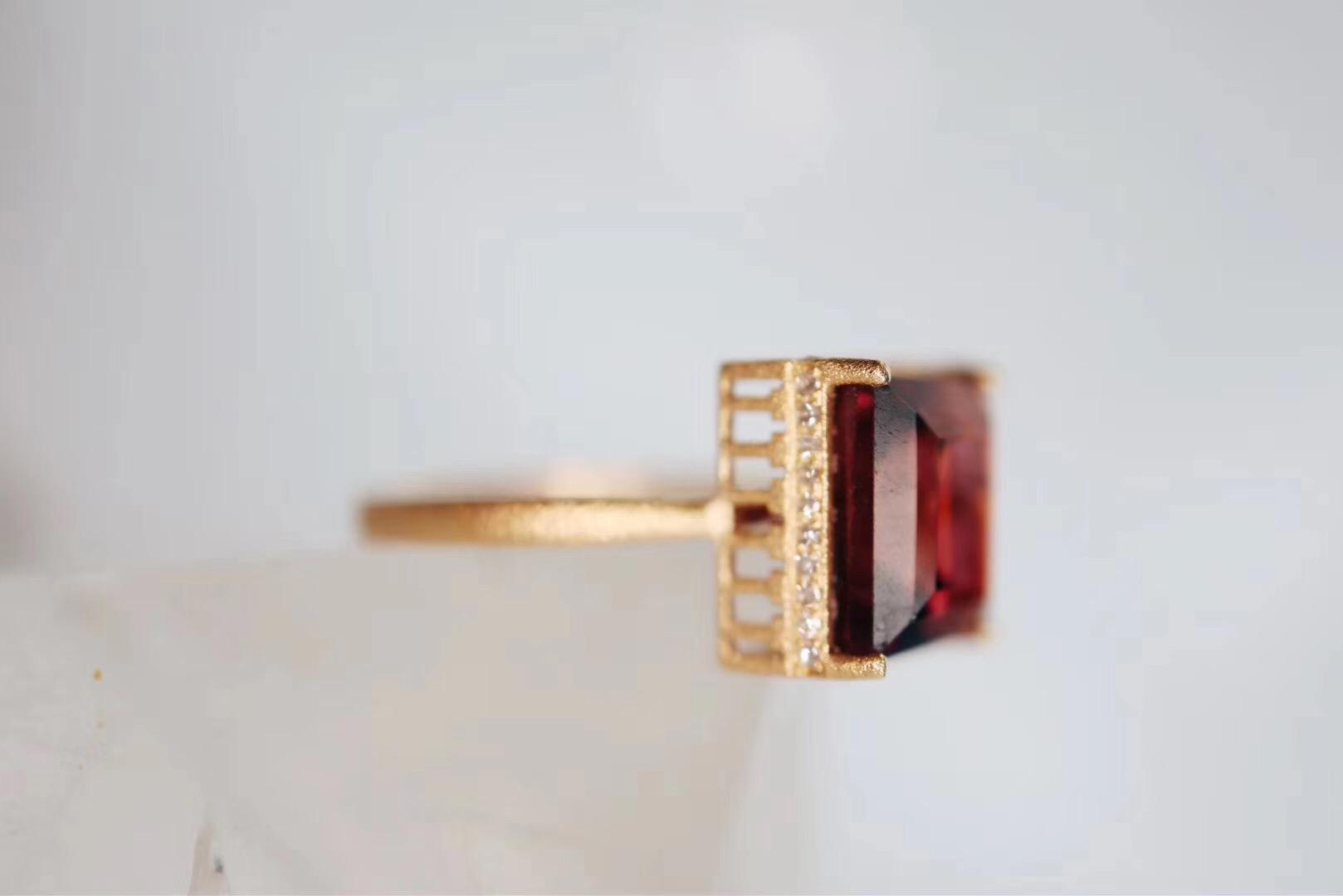 【红碧玺】模型玩多了,建筑风的戒指必须来一个-菩心晶舍