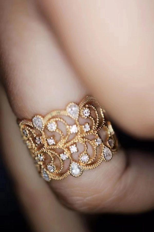 钻石蕾丝、红宝石森系、蓝发晶梦幻戒指,你喜欢哪款?-菩心晶舍