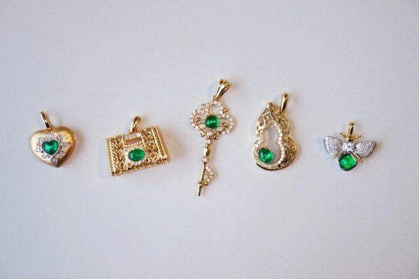 拥有一定阅历后,你会深爱祖母绿的色-菩心晶舍