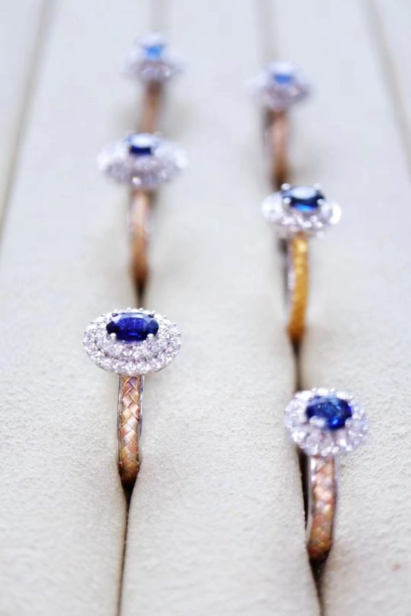 喜欢蓝宝石,必收清单里,有它。-菩心晶舍
