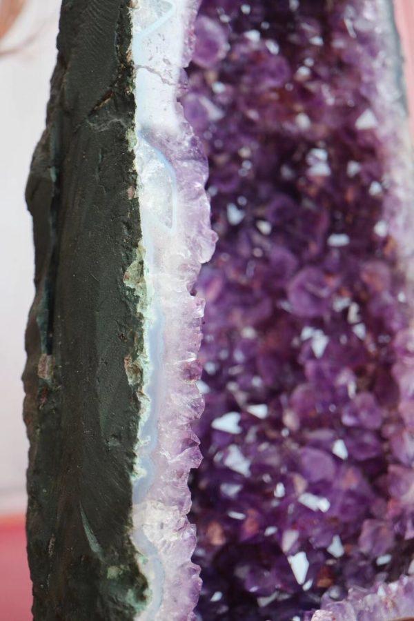 皮薄洞深的原矿绿皮紫晶洞,无水泥层-菩心晶舍