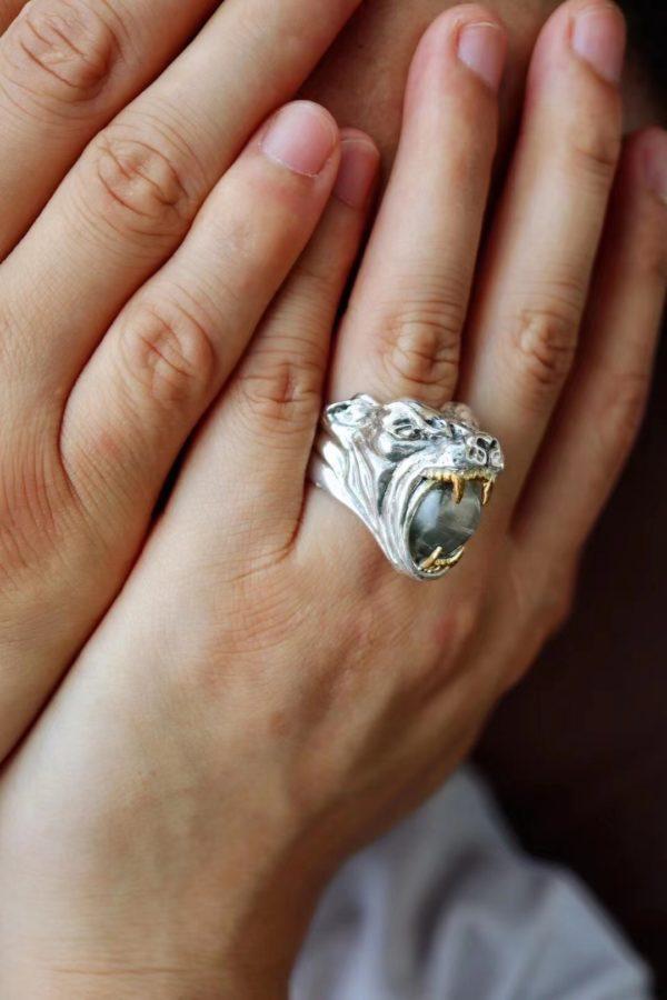 戴上银钛晶戒指,被治愈,我们无所畏惧-菩心晶舍