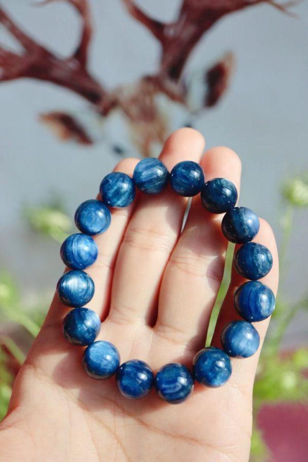 蓝晶石,雪藏了数千年的新时代晶石-菩心晶舍