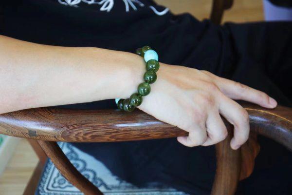 绿碧玺遇上绿松石,多一些温柔,多一些生命力-菩心晶舍