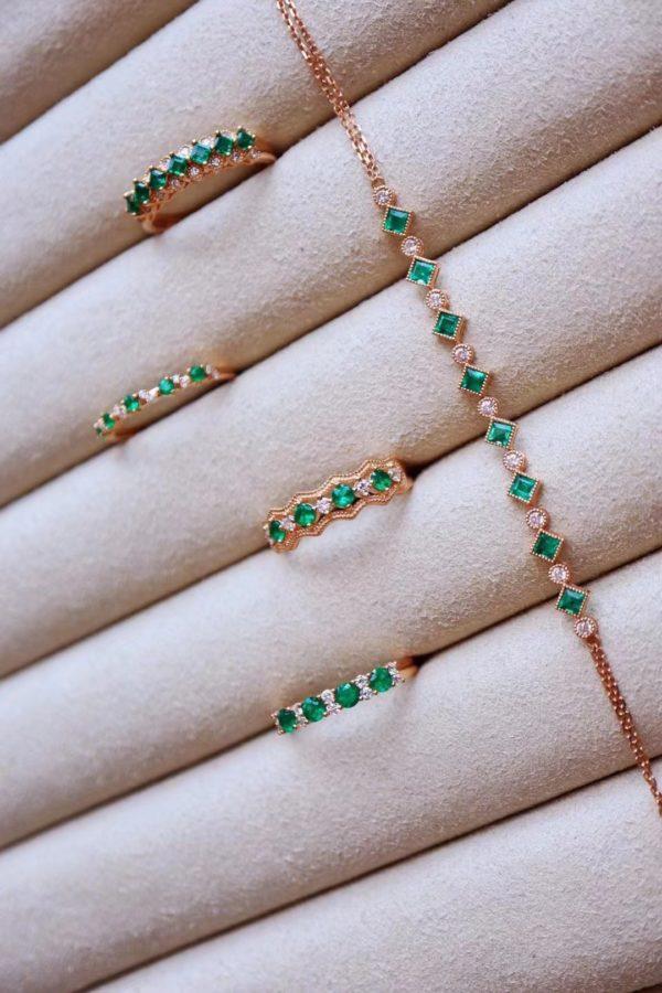 长期佩戴祖母绿有什么灵性作用?一波祖母绿排镶戒指,极富设计感-菩心晶舍
