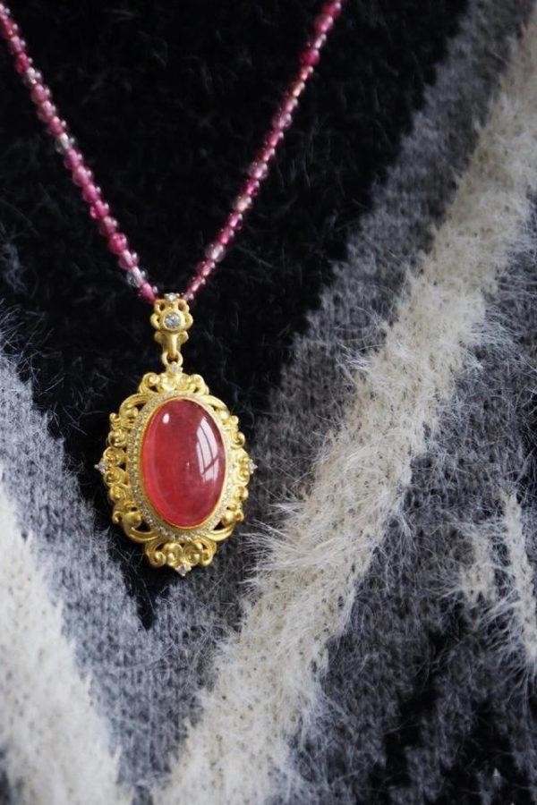 招桃花的水晶,选粉晶还是红纹石?-菩心晶舍