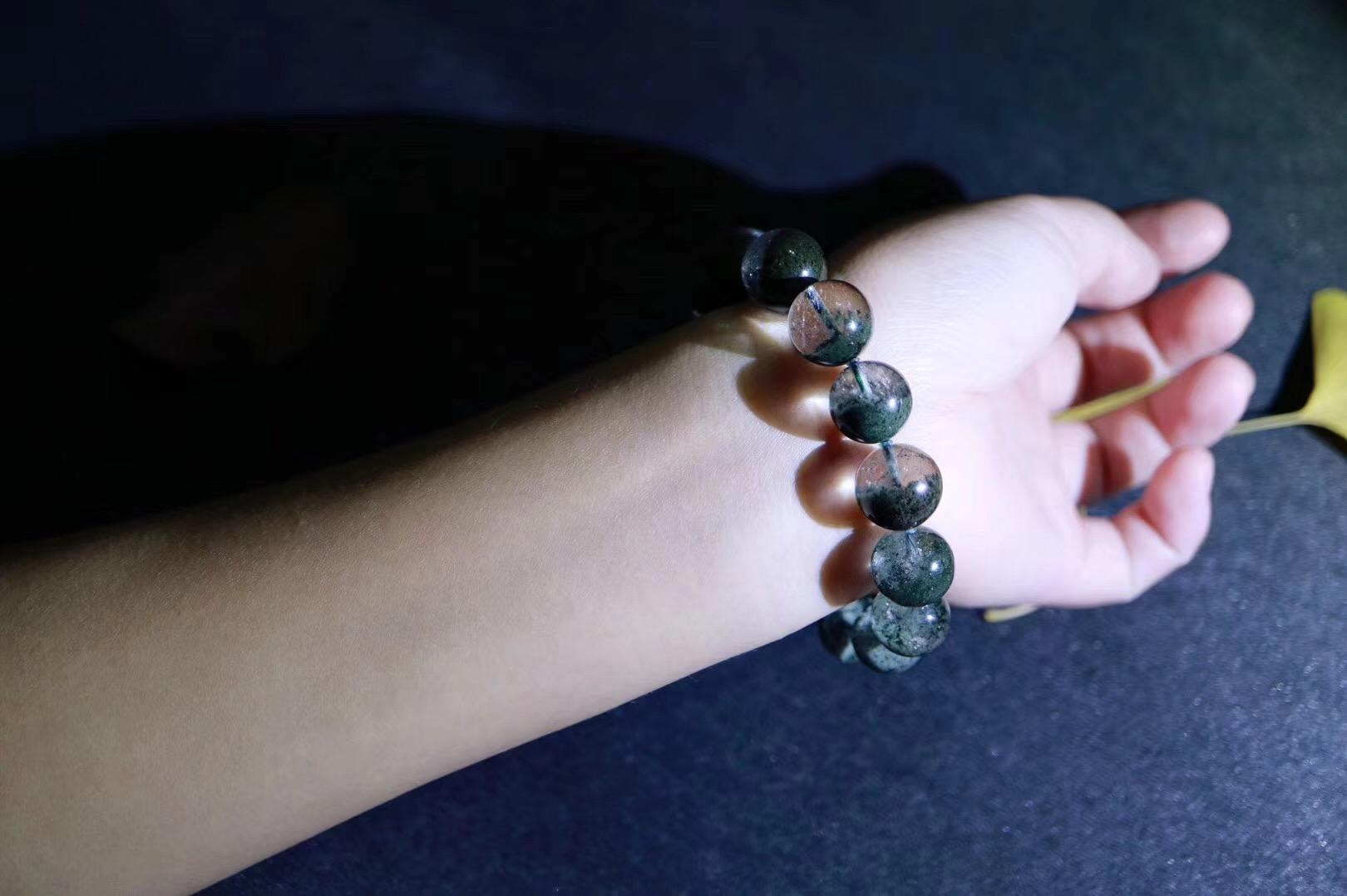 【绿幽灵聚宝盆】这一抹绿代表着大地母亲对心轮的深深疗愈-菩心晶舍