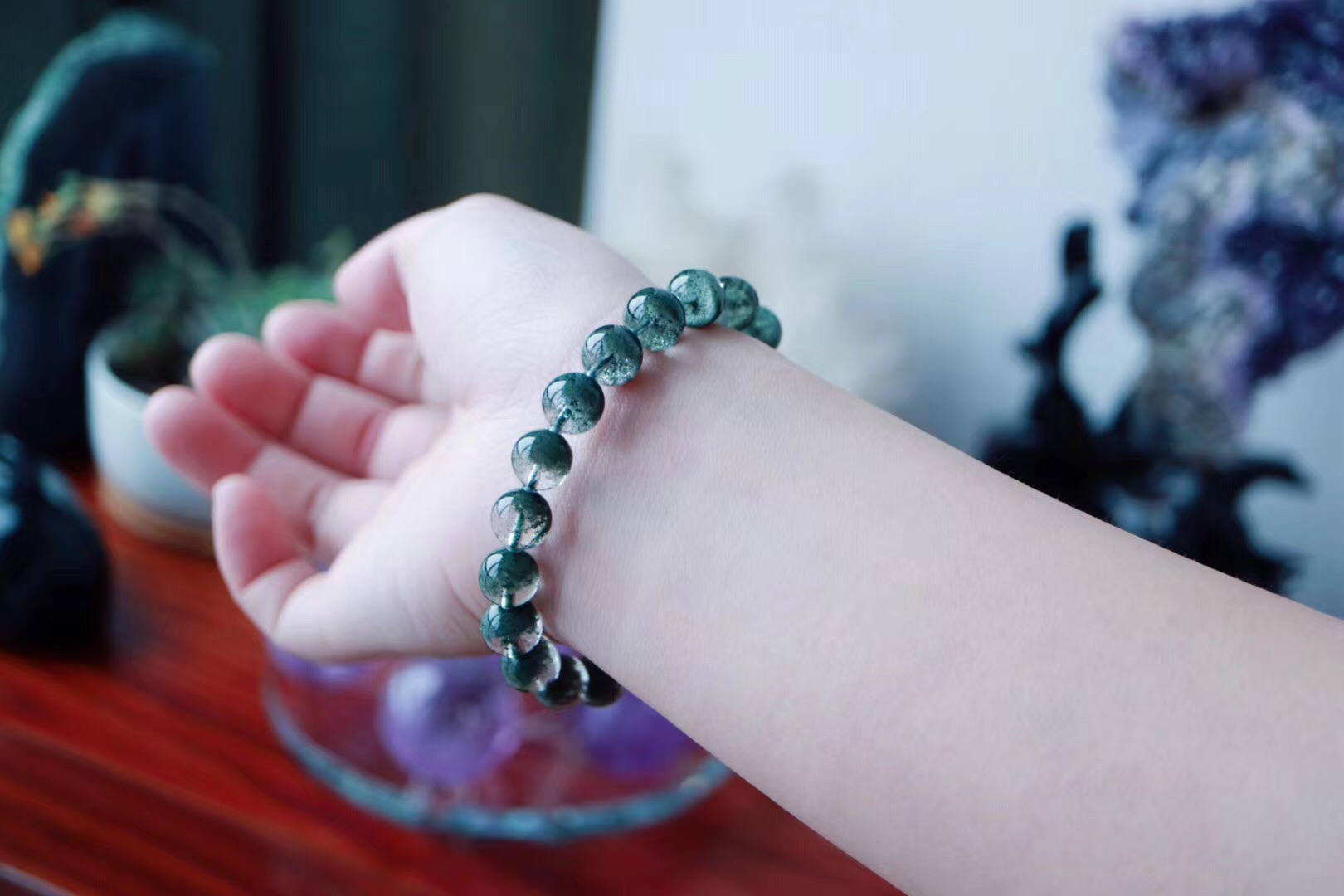 【菩心-绿幽灵&养心之石】绿幽灵是个低调的晶石,就如他的名字一般。-菩心晶舍