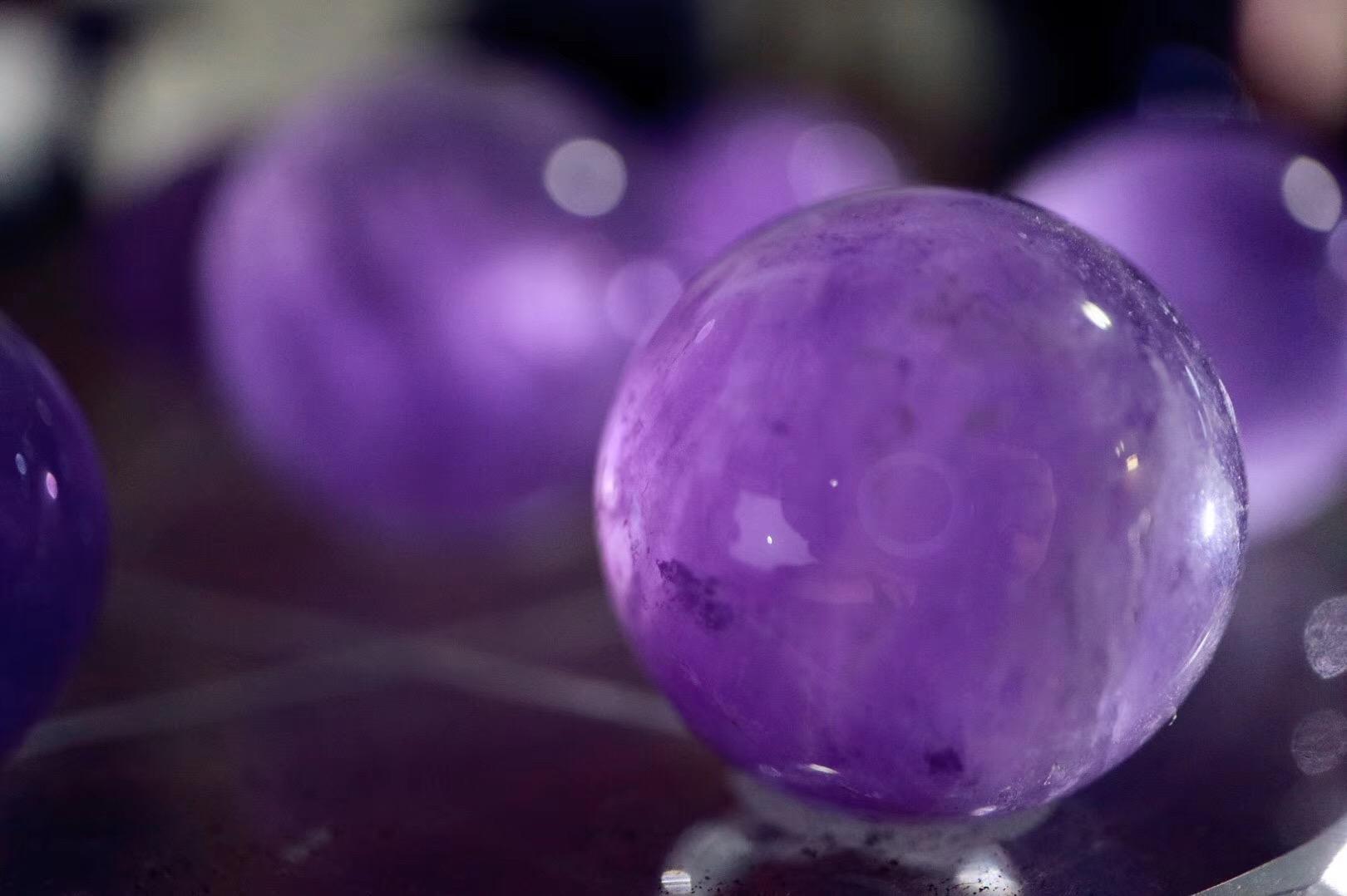 【菩心 | 紫晶球七星阵】紫水晶是自然界最天然的镇静剂-菩心晶舍