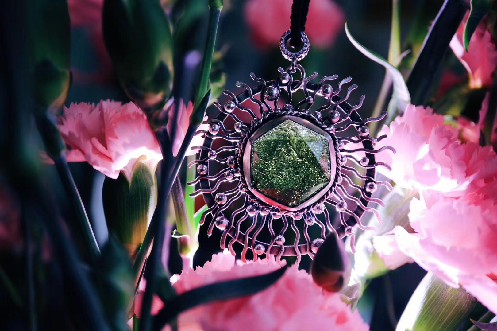 """【菩心-捷克陨石】这一枚梅尔卡巴&捷克陨石的设计,我称他为""""永恒""""-菩心晶舍"""