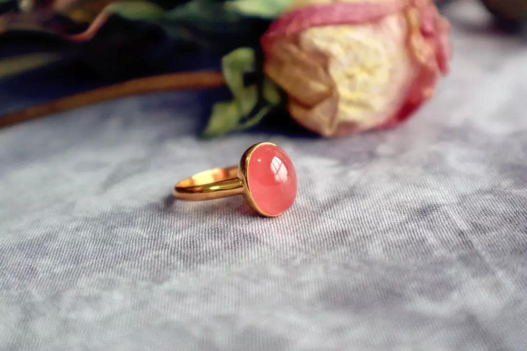 红纹石真的是爱情幸运石吗?红纹石在阿根廷是国宝级宝石-菩心晶舍