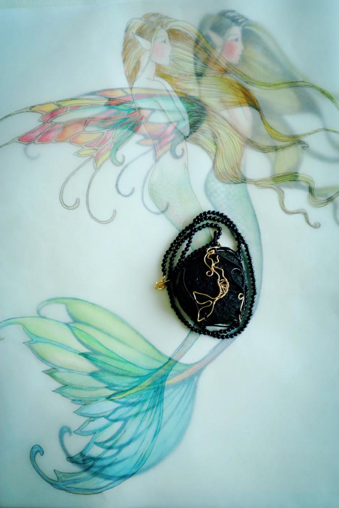 捷克陨石 美人鱼-一枚关于爱情的捷克陨石,背面的小海豚,也是爱情的守护-菩心晶舍