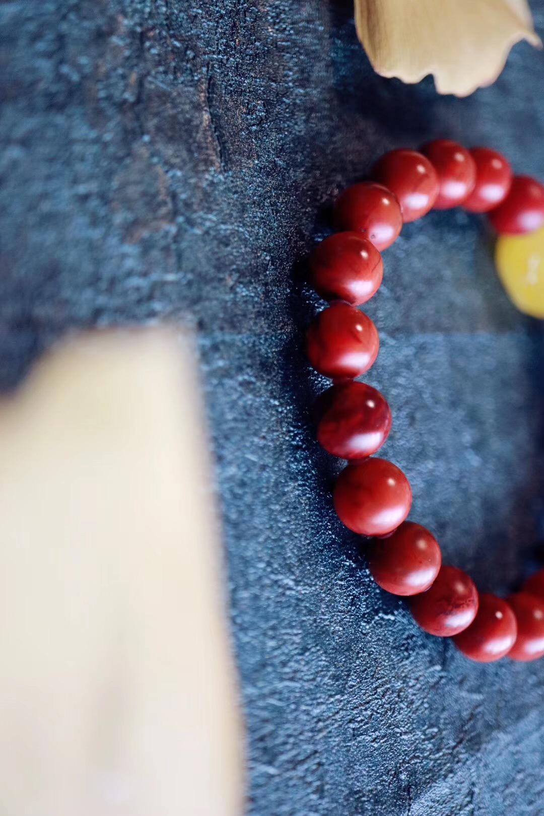 【菩心包浆南红 | 蜜蜡福猪】把玩包浆南红自是风趣无穷-菩心晶舍