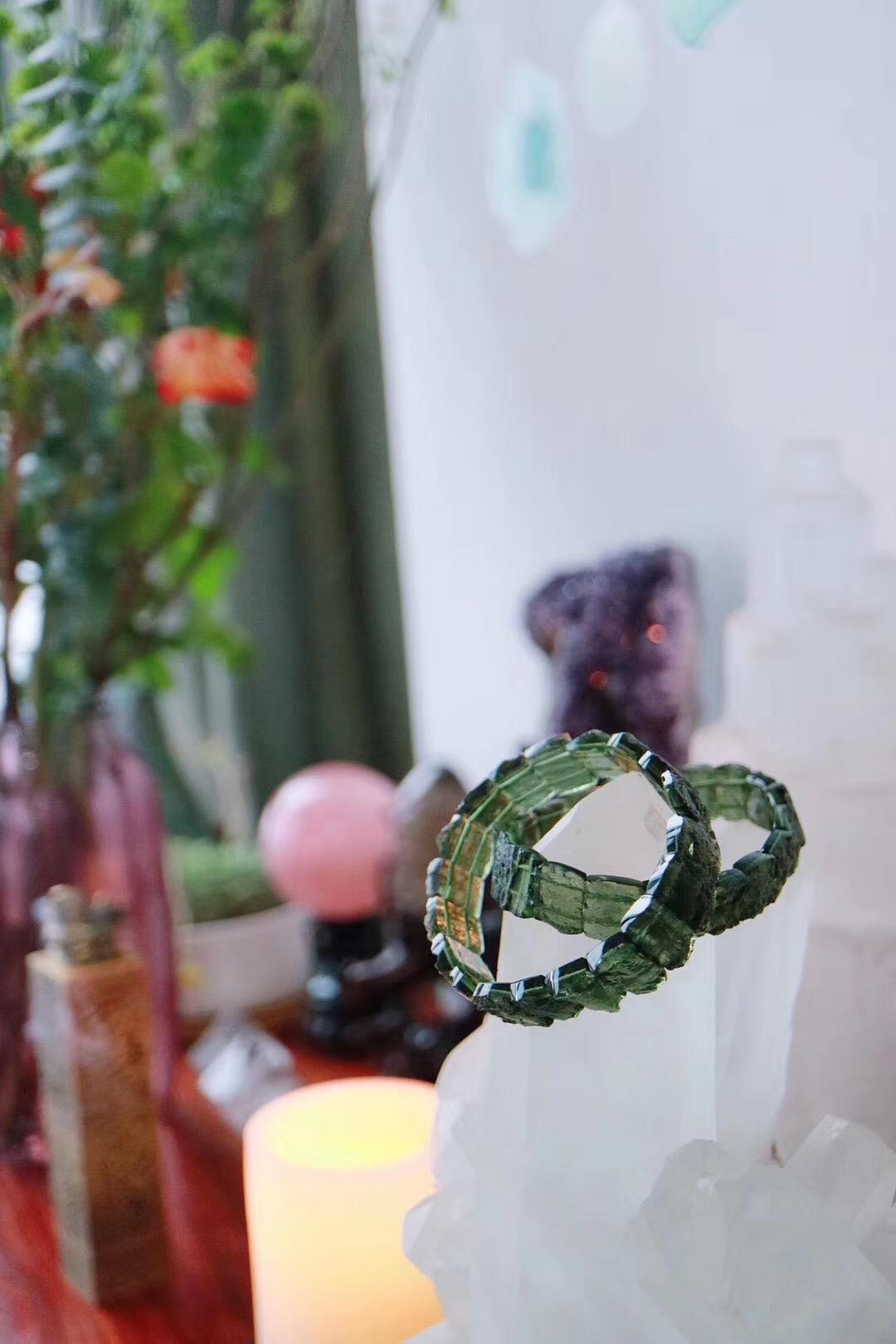 【菩心 | 捷克陨石】宇宙中有着强大的吸引力法则和力量-菩心晶舍