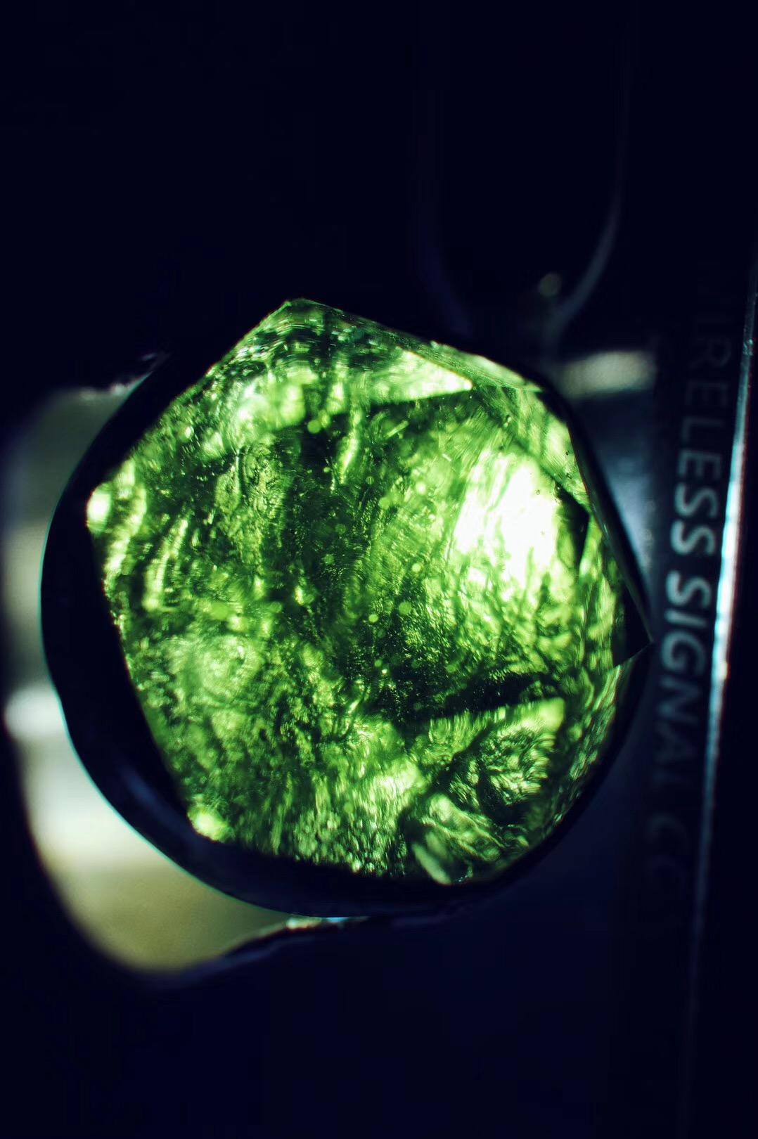 【菩心-梅尔卡巴&捷克陨石】用肌理诠释作品的意义,绝对是件有趣的事情-菩心晶舍