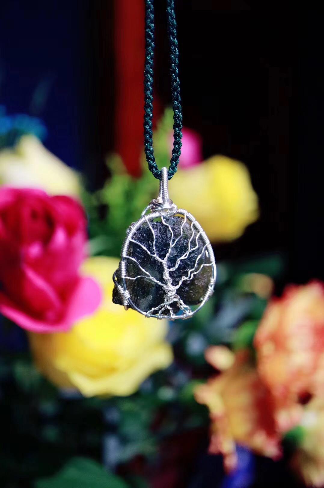 【菩心-捷克陨石 | 🌳】心轮打开的美人会越来越幸福-菩心晶舍