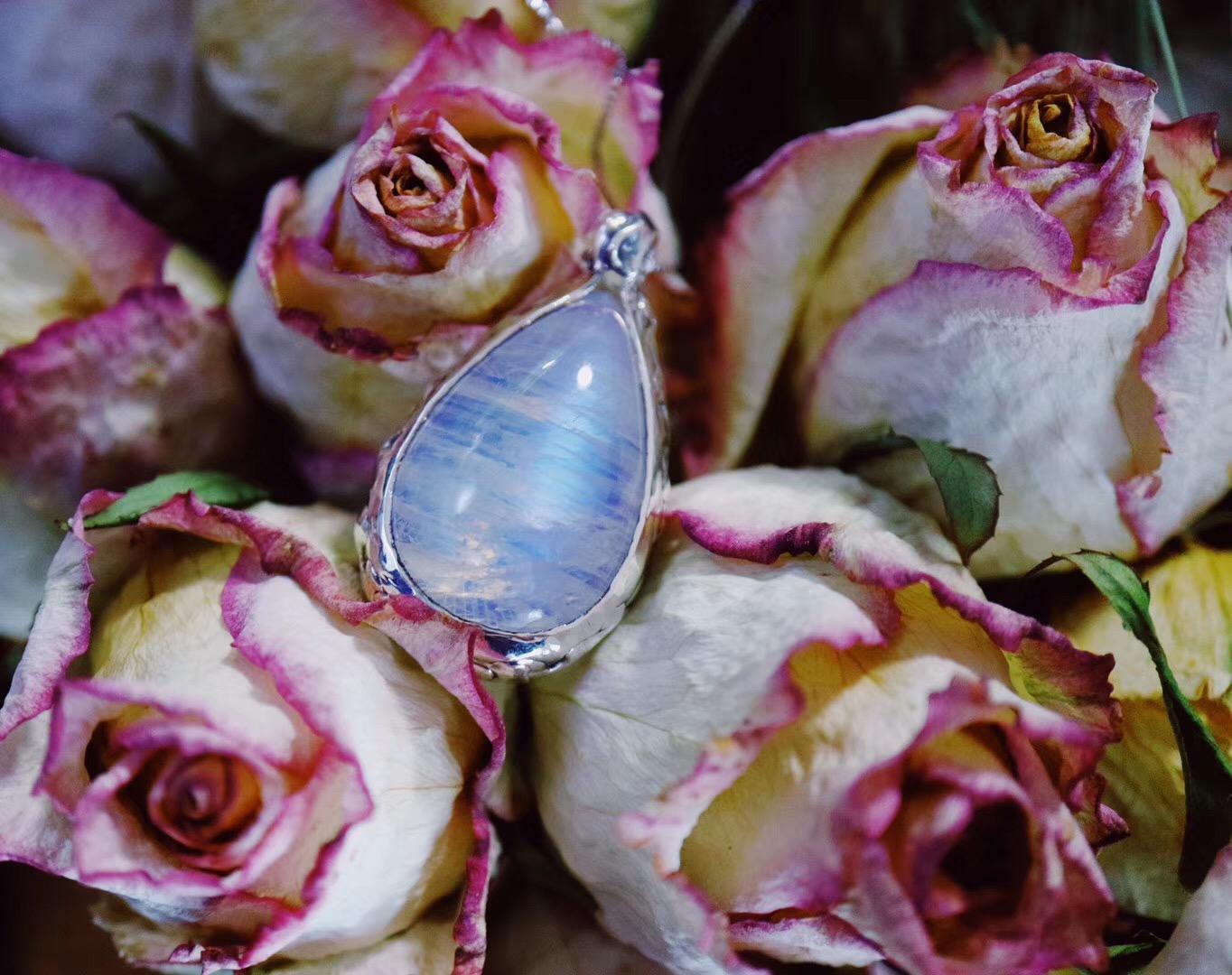 【菩心-月光石】这一枚月光石,让我看到了爱情。-菩心晶舍