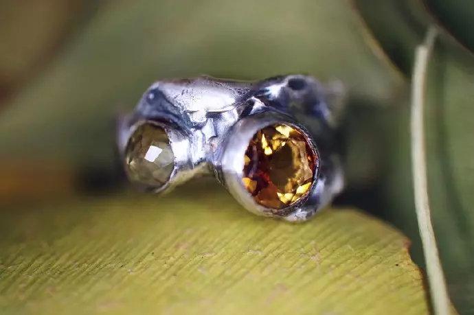 碧玺戒指有什么寓意?不同颜色作用不同-菩心晶舍