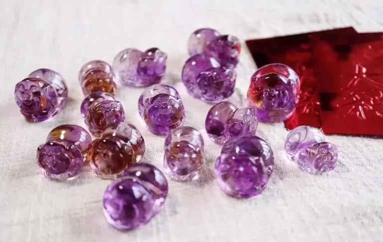 紫黄晶有什么功效与作用?为什么那么多人喜欢戴?-菩心晶舍