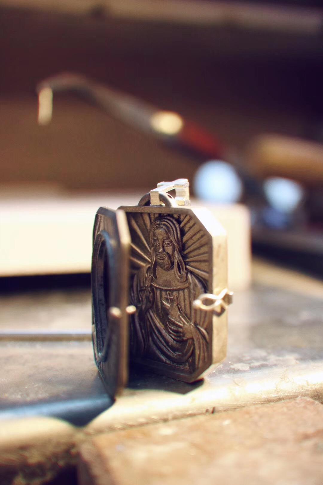 【菩心 火玛瑙】耶稣火玛瑙挂坠定制即将完工-菩心晶舍