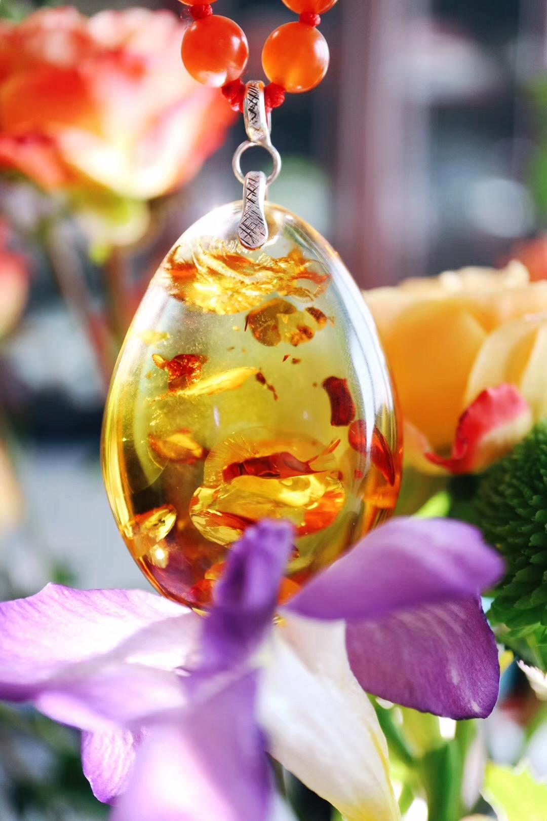 【菩心-极品花珀&冰种南红玛瑙】一款灵动至极的花珀,可安神静心-菩心晶舍
