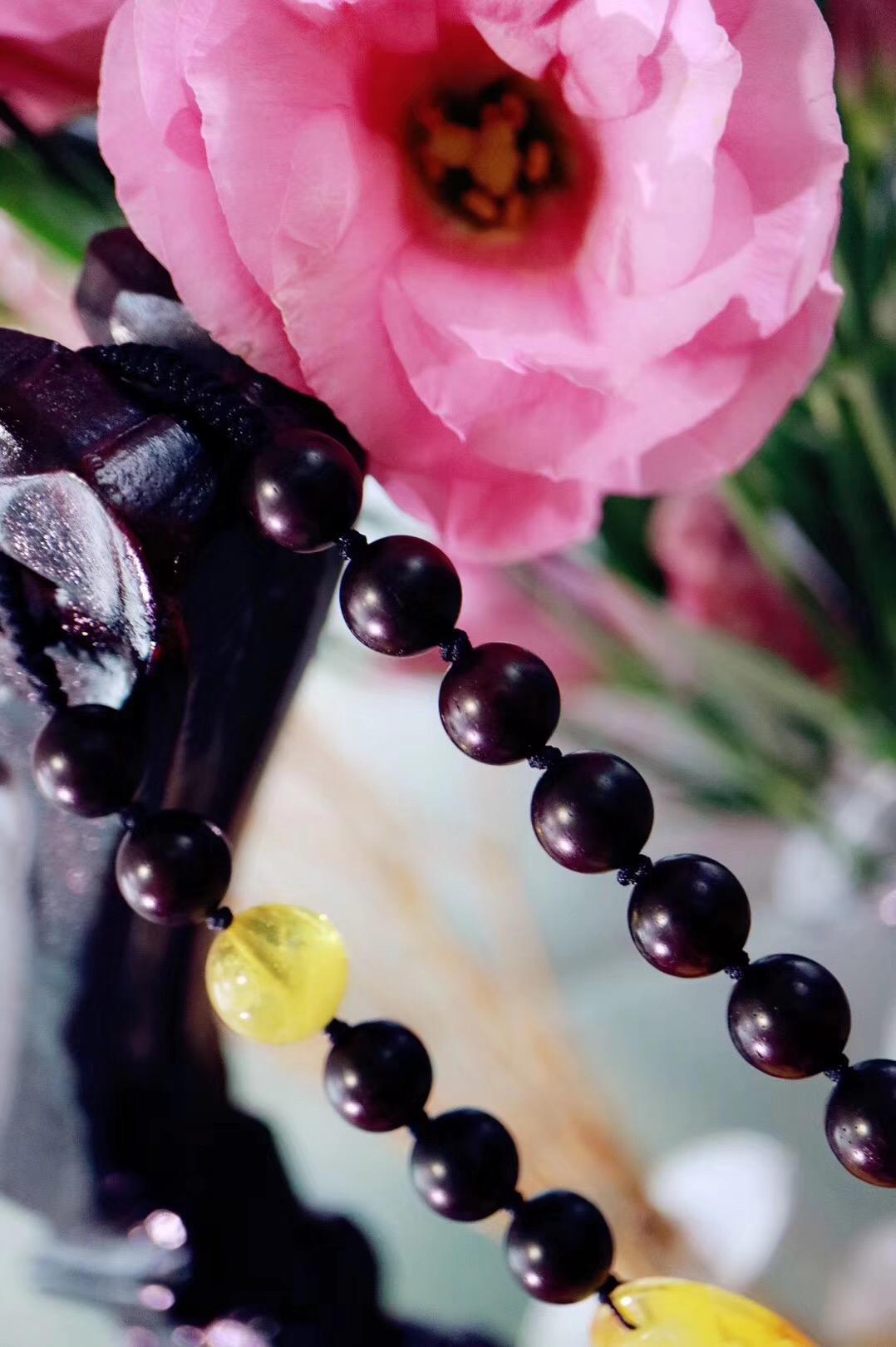 【蜜蜡 | 小叶紫檀 | 百搭挂件】有艰辛,有收获,更有幸福~~-菩心晶舍