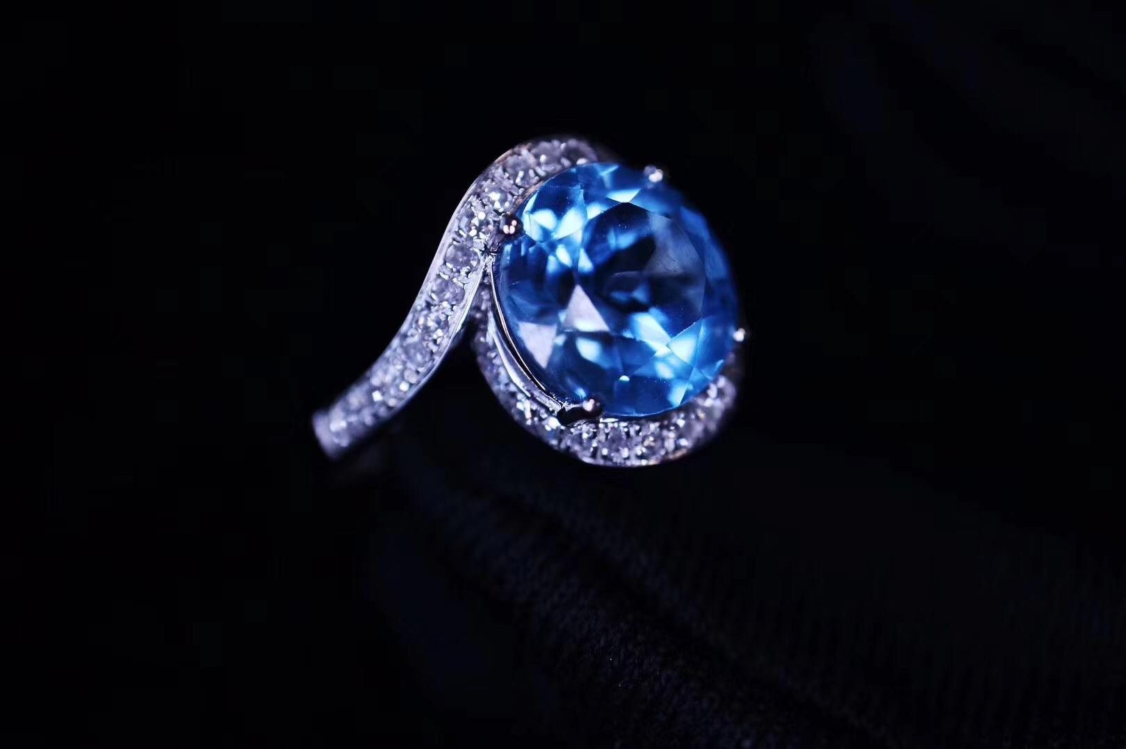 【菩心-托帕石白金戒】在菩心晶舍定制的戒指,终于完工了-菩心晶舍
