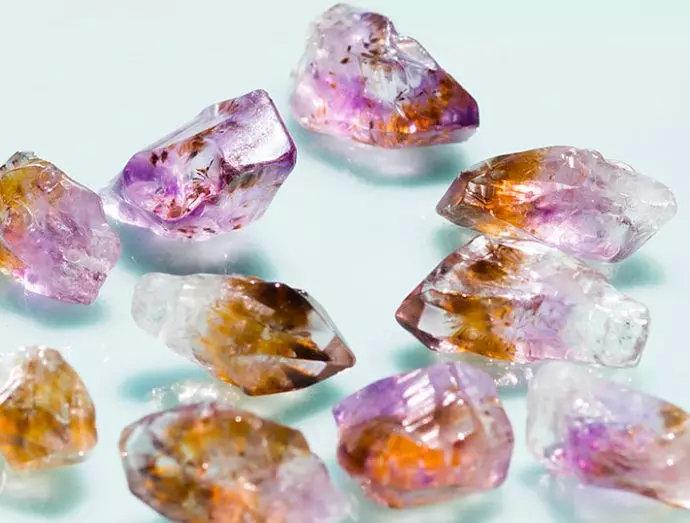 紫钛晶有什么功效和作用呢?紫钛晶值钱吗?-菩心晶舍